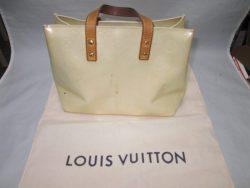 【LOUIS VUITTON】 ルイ・ヴィトン ヴェルニ トートバッグ 黄色く変色で染め直し、再エナメルのご依頼です。