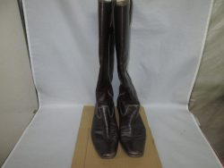 【long boots】ロングブーツの つま先が気になり染め直しのご依頼です。