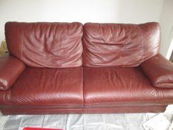 【sofa】 ソファ+オットマン スレ傷出張補修のご依頼です。