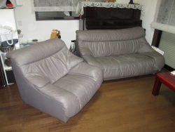 【sofa】十数年前の新築お祝いの3+1ソファ 破れ、ヒビ割れ補修のご依頼です。