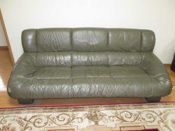 【sofa】 永年ご愛用のソファの修理ご依頼です。