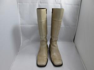 【boots】ブーツ 褪色 染め直し クリスマスの準備は、大丈夫ですか?