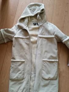 【Mouton Coat】10数年前の学生時代からご愛用のムートン・コート 補修のご依頼です。