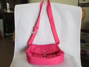 【PRADA】プラダ ショルダーベルトが自立するバッグ完成。