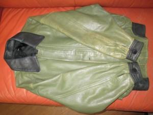 【PAS DE FILLE】革ジャケット 上下 20数年ご愛用 すれ傷・退色補修 染め直しのご依頼です。