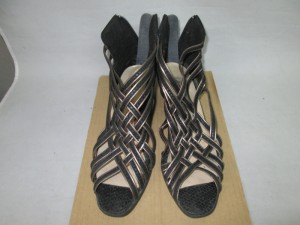 【sandal】サンダル 接着剥がれ 補修のご依頼です。
