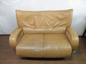 【sofa】2人掛けソファ 縫い目の解れ補修 染め直し のご依頼です。