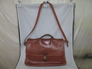 【Bussiness bag】ビジネスバッグの経年劣化で染め直しのご依頼です。