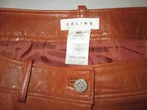 【CELINE】セリーヌ 革スカート シミ発生 クリーニングのご依頼です。