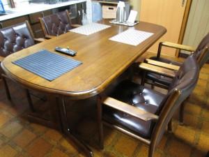【KARIMOKU Dining Chair】カリモクダイニング チェア ひび割れ 発生 染め直し