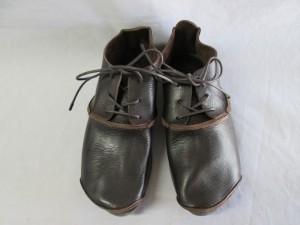 【trippen 】トリッペン 靴 カラーチェンジのご依頼です。